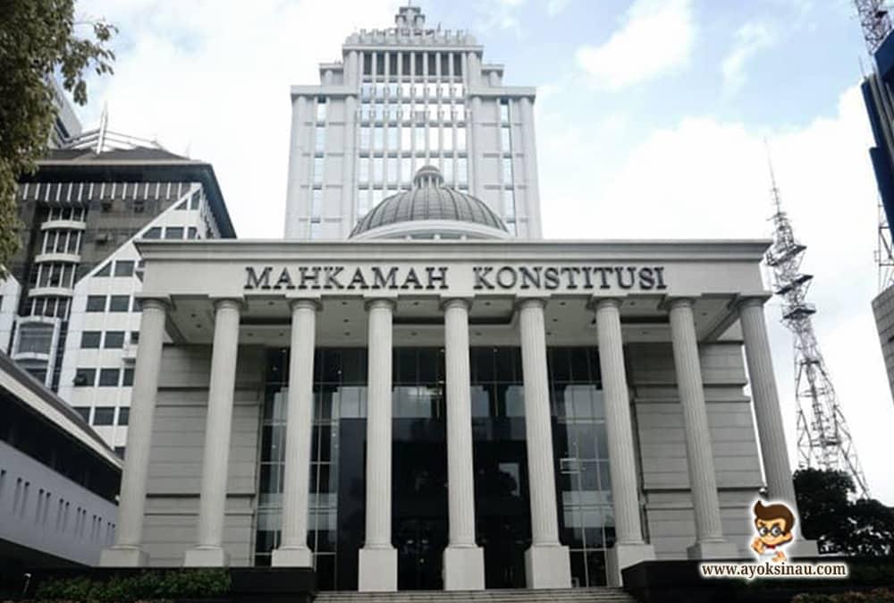 Tugas-dan-Wewenang-Mahkamah Konstitusi